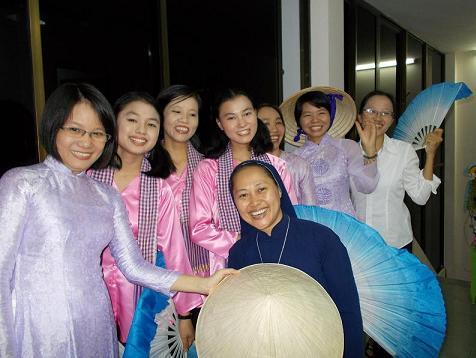 engagement de soeur Pilar au Viet Nam